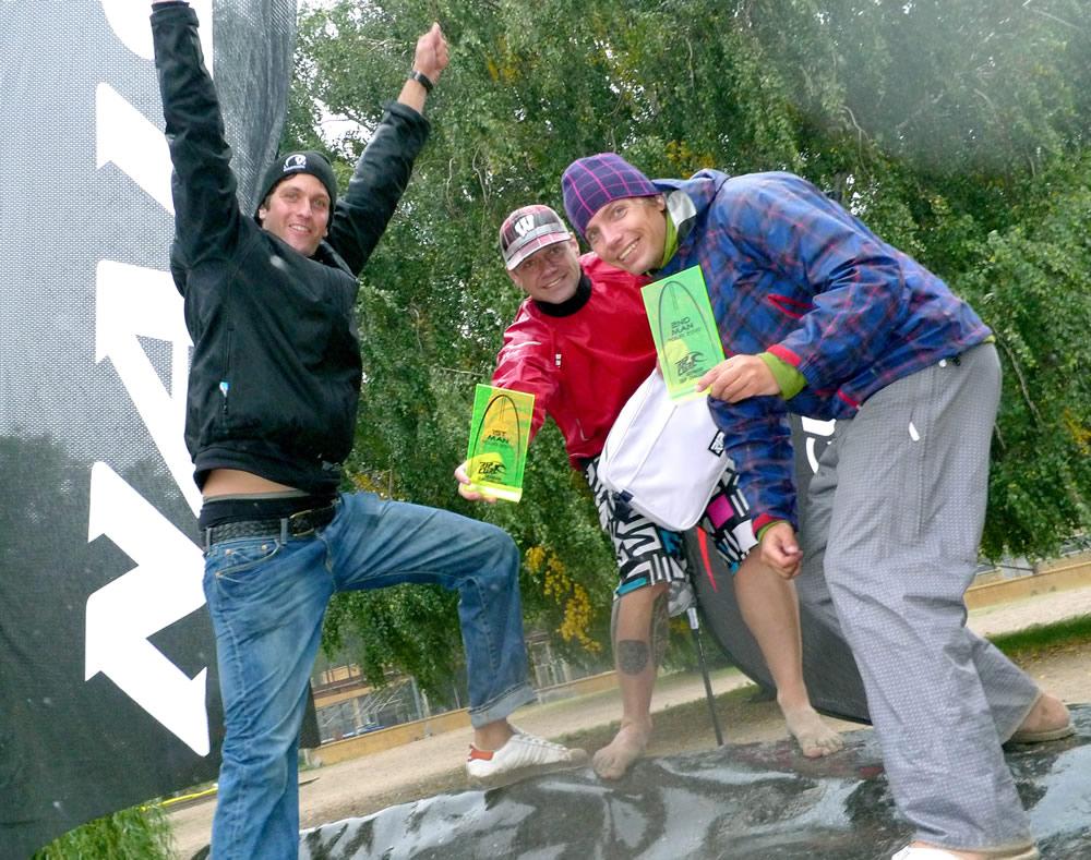 tour sieger benno cremer andreas wolter christian hahn Rip Curl German Sup Challenge 2010 feiert seine Sieger
